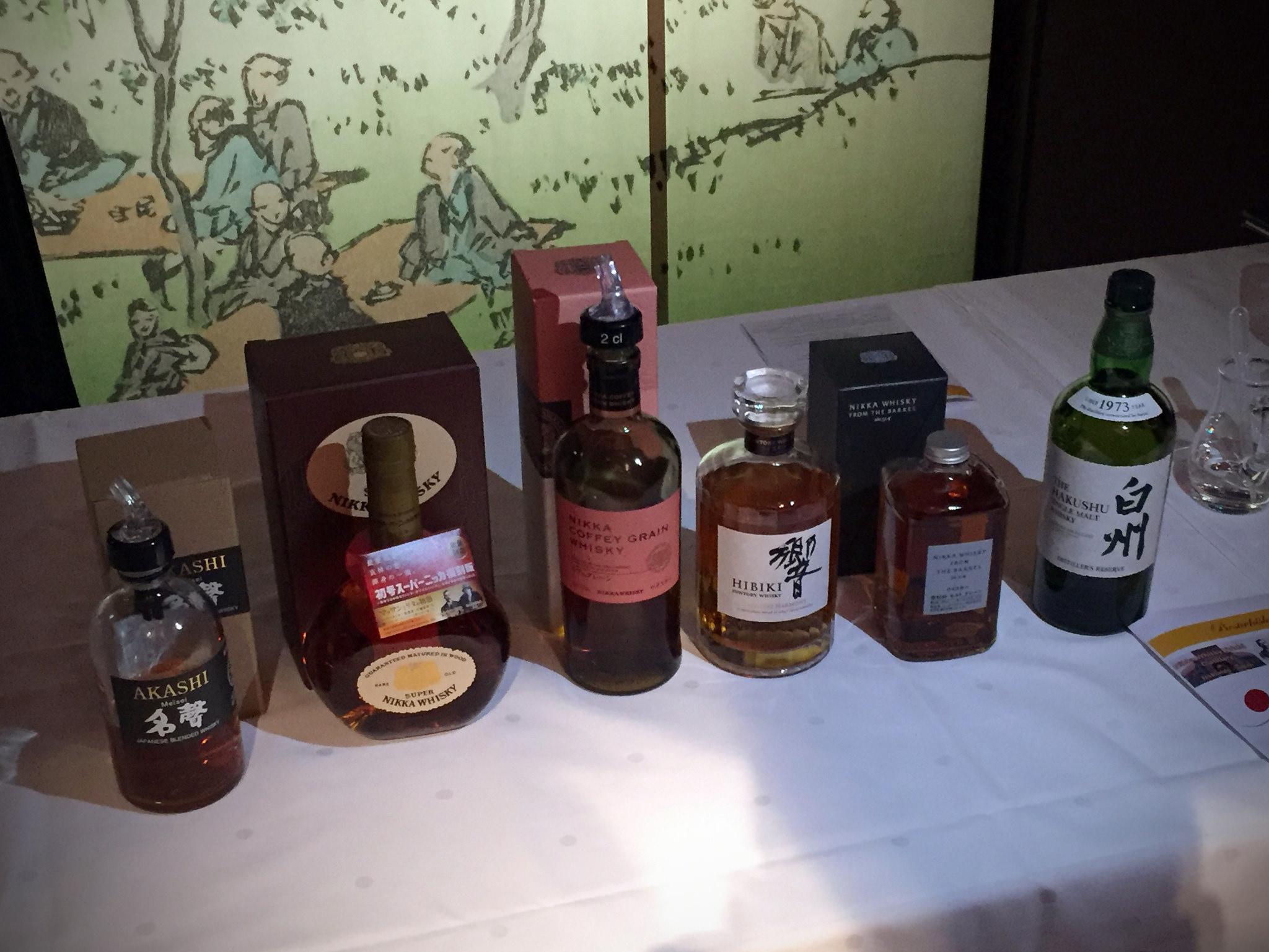Sechs sehr unterschiedliche japanische Whiskys standen bei dieser Verkostung auf dem Programm